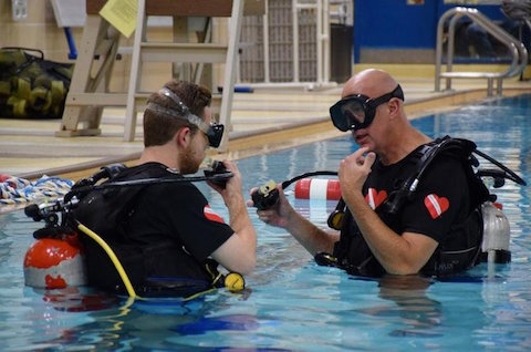 Diving In – Organization Offers Free Scuba Lessons for People with Disabilities