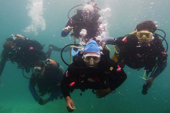 accenture diving